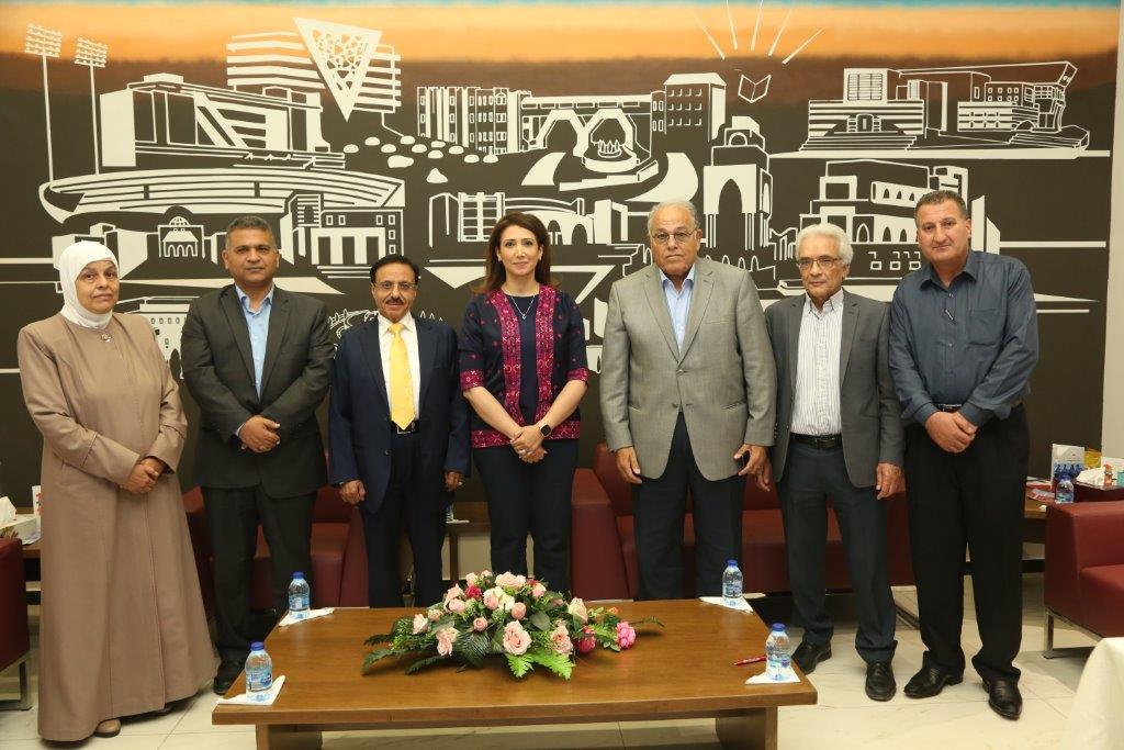 توقيع اتفاقية شراكة وتعاون بين الجامعة والجهاز المركزي للإحصاء الفلسطيني
