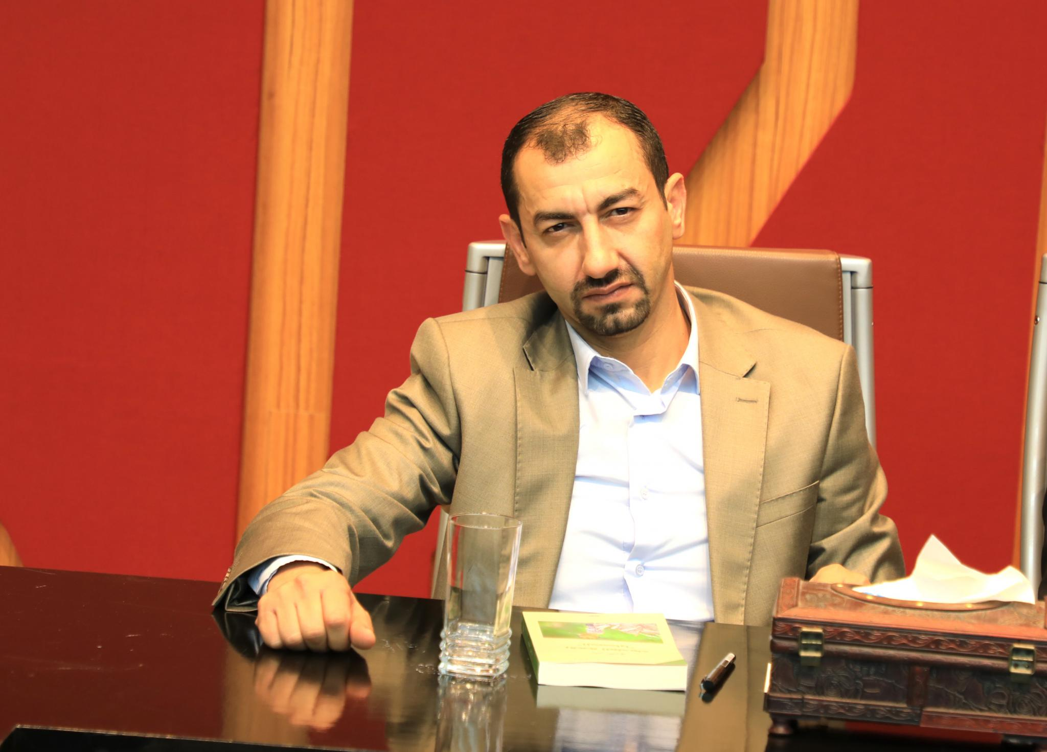 The Writer Yasser Masri during the launch of the novel at the university