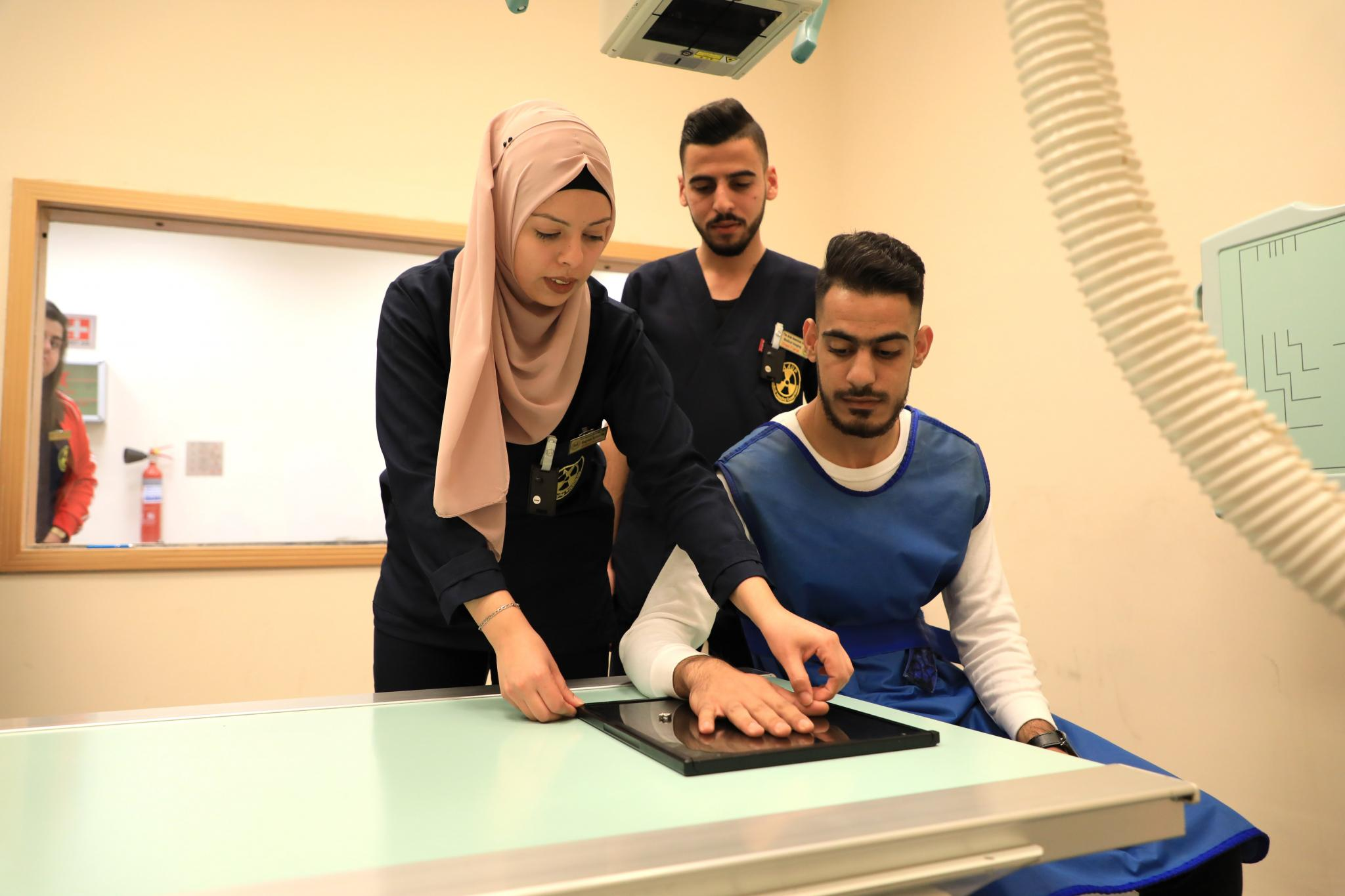 AAUP is the First Palestinian University to Provide TLD Device to Measure X-Ray Dose During Training