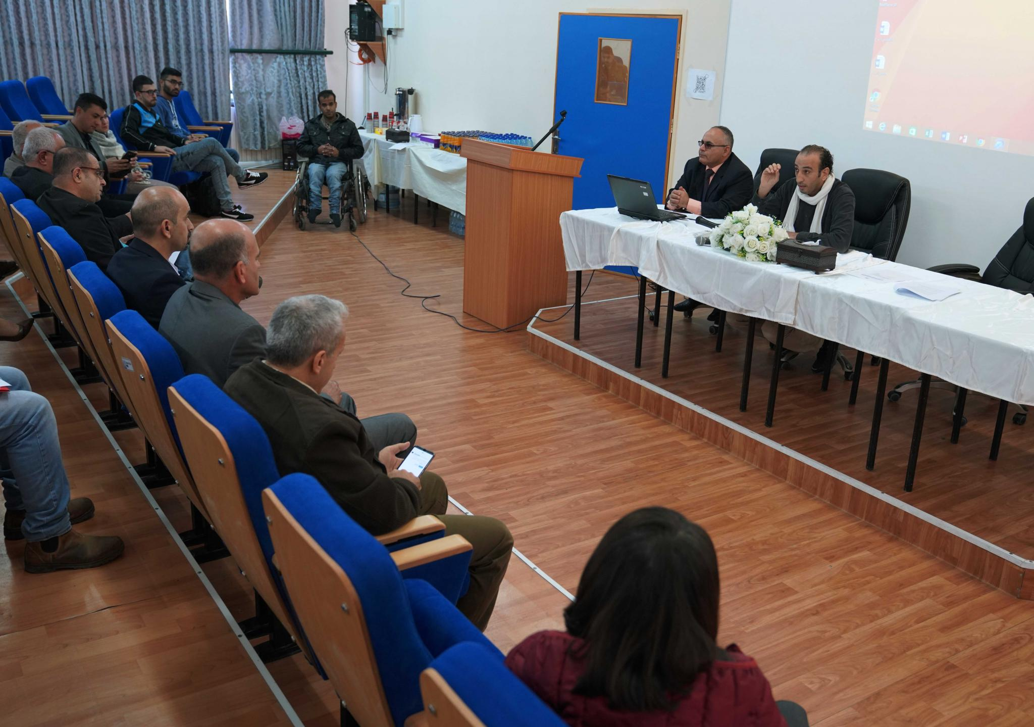 المتحدثون خلال ورشة التعليم المستمر في الجامعات الفلسطينية واقع وطموح