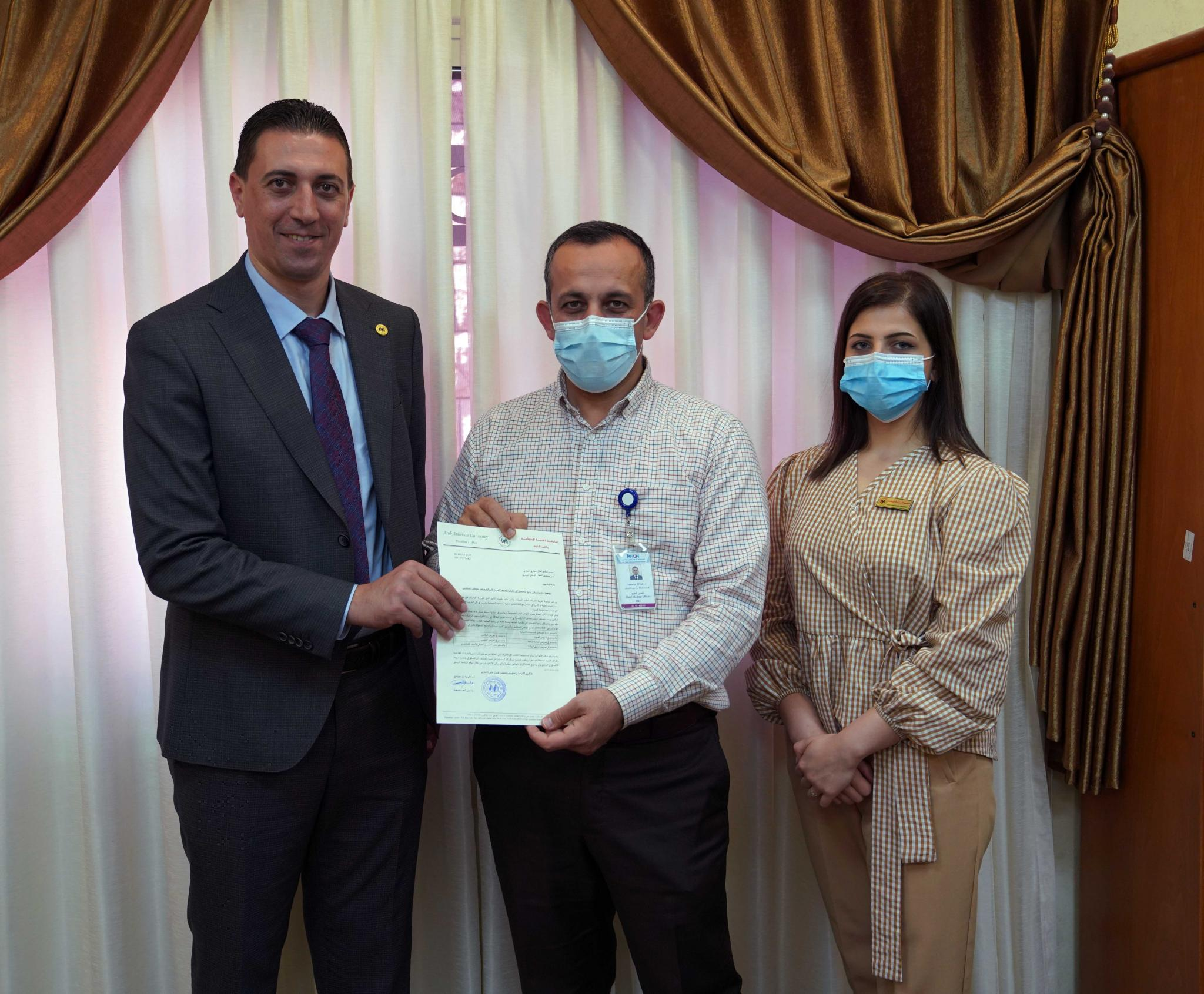A Delegation from AAUP Visits Hospitals in Ramallah and Nablus to Provide them with Scholarships in the Master's Degree Programs