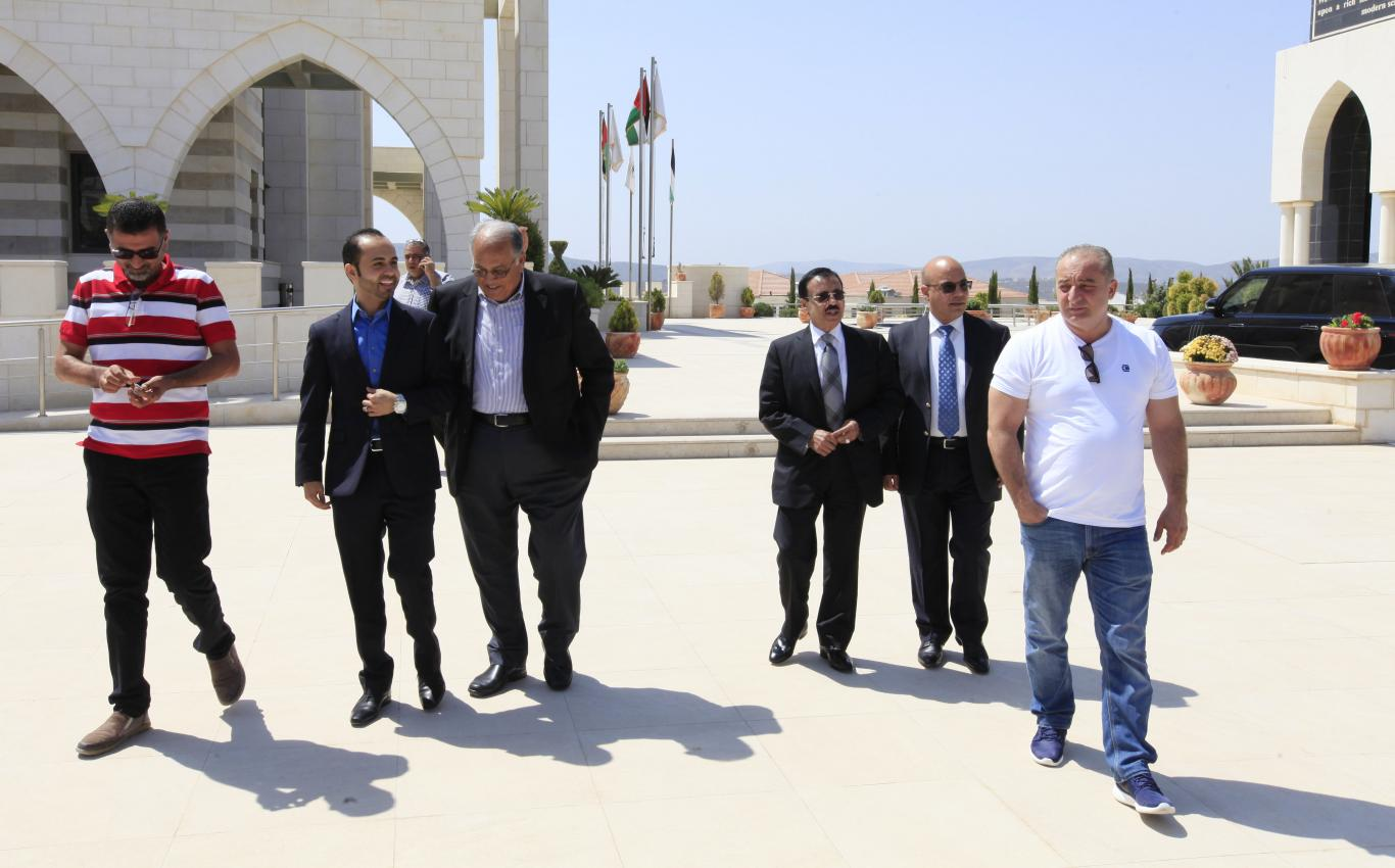 Chairman of Board of Directors Dr. Yousef Asfour Visits the Arab American University to Check its Achievements and Projects