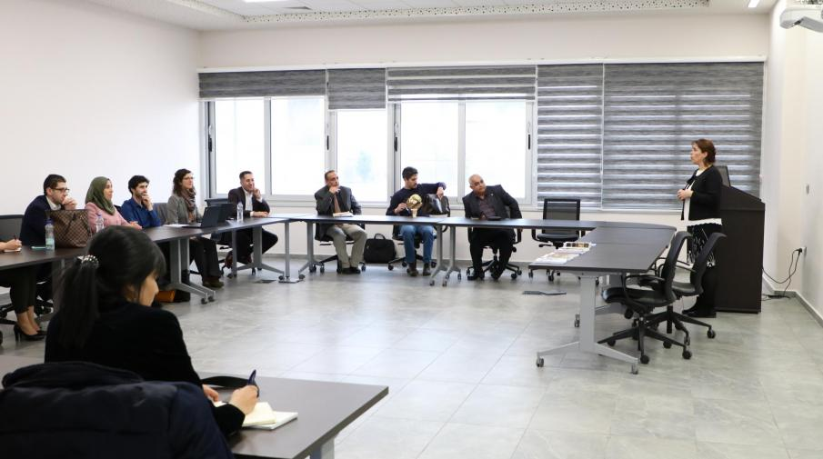 The University organizes a lecture entitled