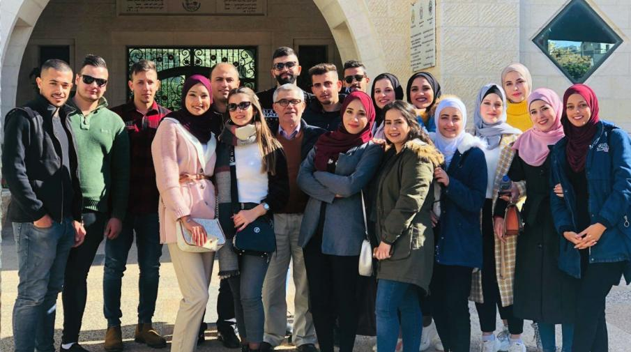 The Faculty of Administrative and Financial Sciences Students Went in a Scientific Field Trip to Hebron