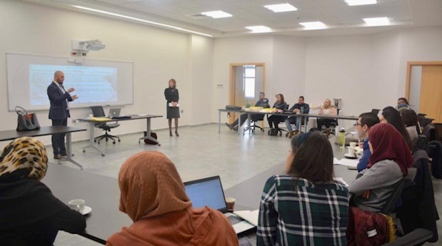 الجامعة تستضيف ممثل جمهورية قبرص في ورشة حول الصراع القبرصي