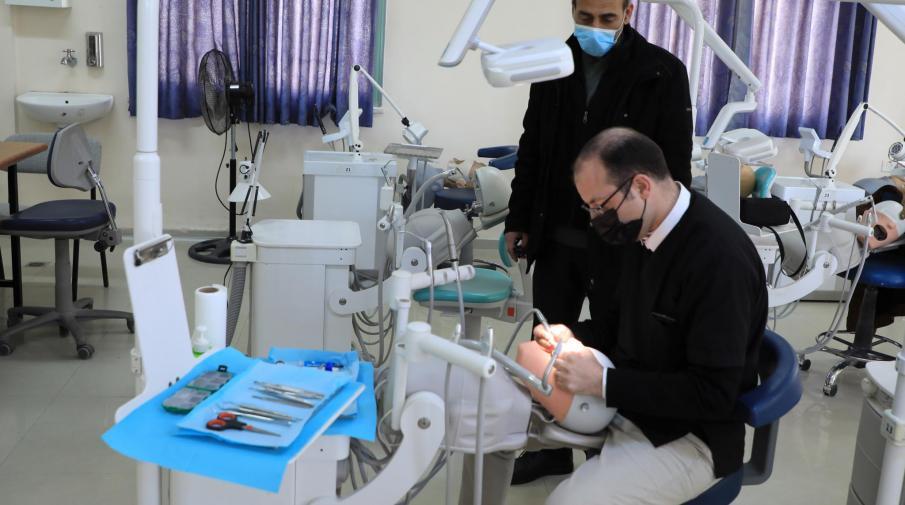 الجامعة تستضيف امتحان شهادة المجلس الطبي شهادة البورد الفلسطيني في طب الاسنان