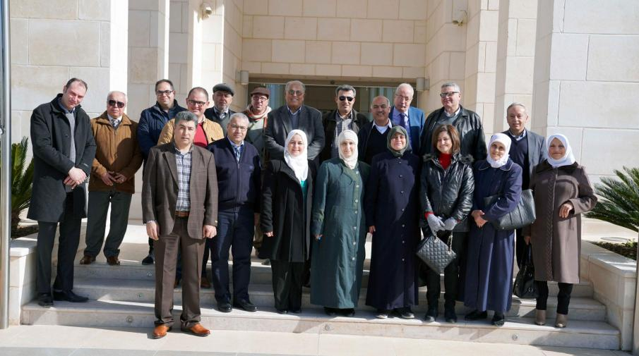 A delegation from the Faculty of Science from Al-Najah University visits the University