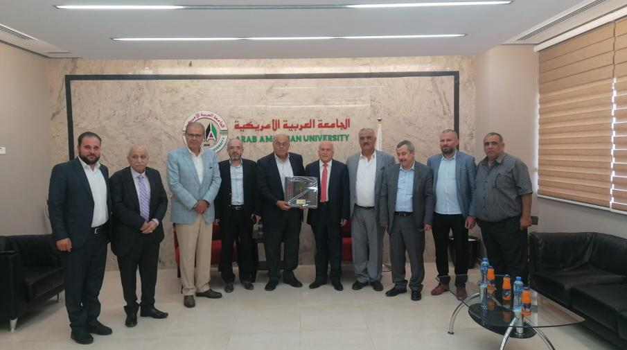 A Delegation from the Palestinian Businessmen Association Visits Arab American University