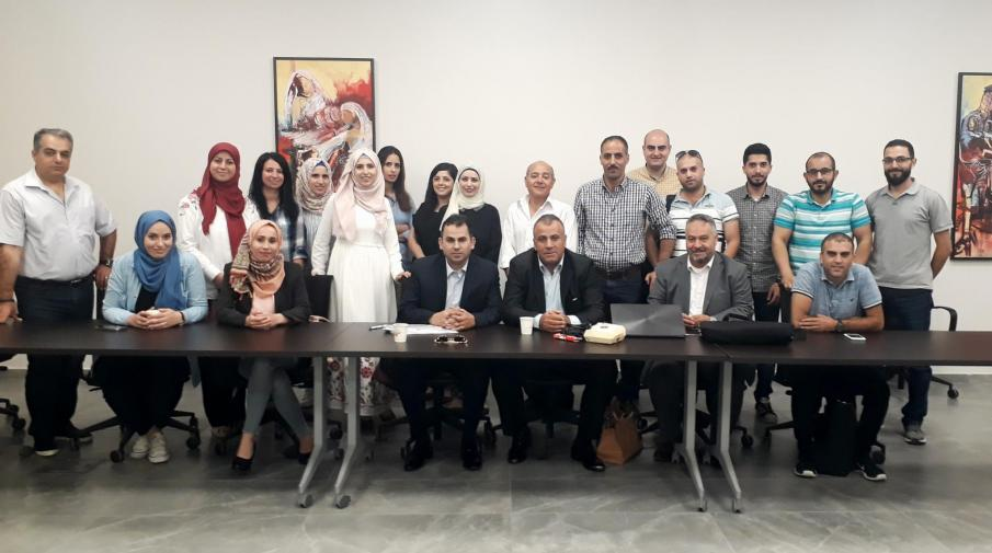 The university hosts the head of the Arab and Islamic funds in a lecture for Master's  students