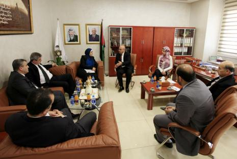 The Palestine Islamic Bank delegation university visit