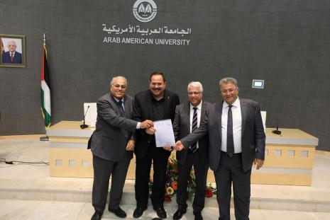 Handing over the accredit PhD program in Information Technology Engineering