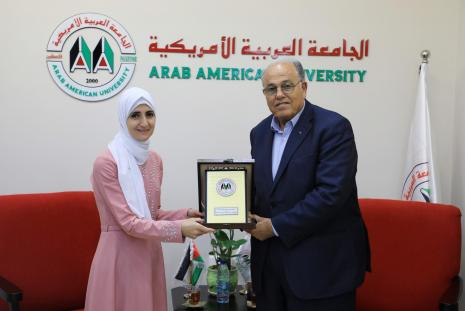 """The University President honors The student Ghadeer Khalil Who won First Place in the national competition of """"student university researcher"""" for the year 2018"""