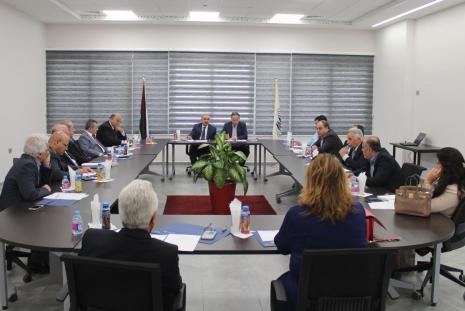 جانب من الاجتماع خلال افتتاح الدورة الرابعة