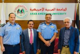 الجامعة تستقبل مدير شرطة رام الله والبيرة لبحث تعزيز التعاون في المجالات العلمية
