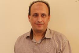 الأستاذ الدكتور قصراوي