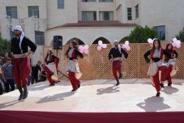 The Deanship of Student Affairs Organizes an Artistic and Cultural Event