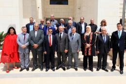 مجلس أمناء الجامعة العربية الامريكية يناقش التطوير الأكاديمي والاداري وتعزيز البحث العلمي