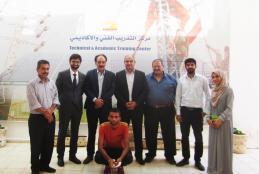 وفد من الجامعة يزور مركز التدريب الفني والأكاديمي في اريحا التابع لشركة كهرباء محافظة القدس