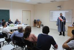 جانب من مناقشة  الباحث سري هشام عبد الله