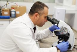 مختبرات التحاليل الطبية حرم الجامعة في رام الله