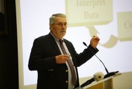 البروفسور جون داجر