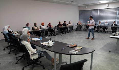 Under Joint Partnership between AAUP and the Ministry of Education, AAUP Organizes Workshops for School Students