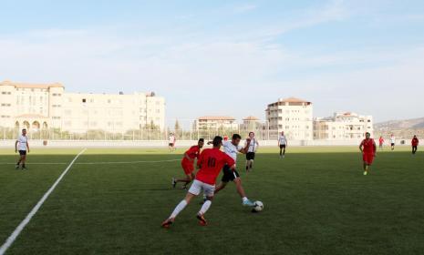 خلال زيارة فريق كرة القدم من اجل فلسطين
