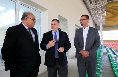 American Consul Visit to University