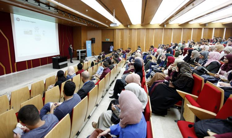 Specialized Workshop in Data Analysis