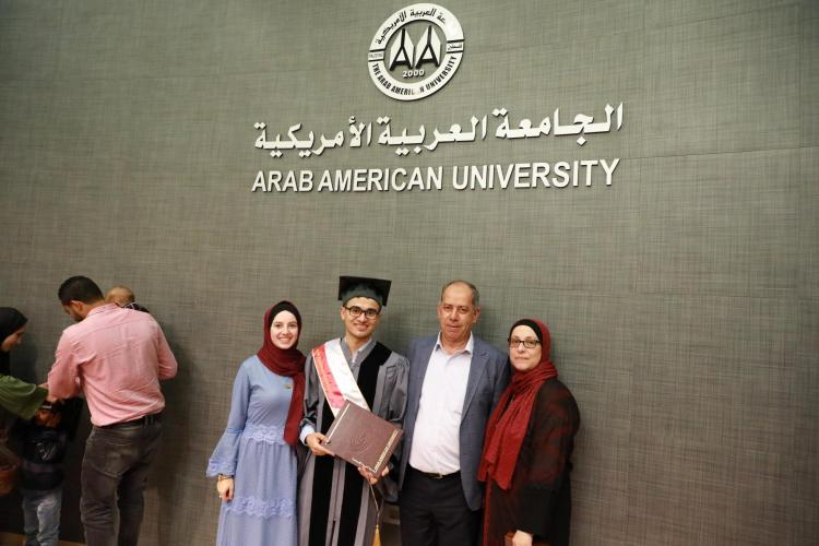 Graduation Ceremony of the Fourth Batch of MBA Students