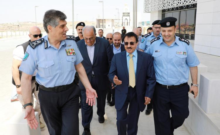 Director General of the Palestinian Police General-Major Hazem Attallah Visits the University Ramallah Campus