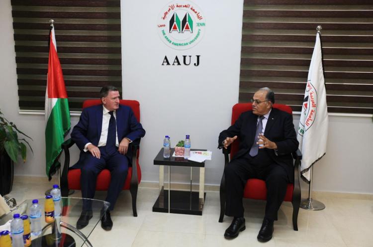 زيارة مدير المجلس الثقافي البريطاني في فلسطين برندن مكشاري