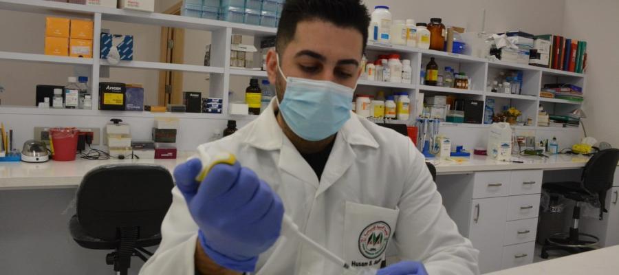 الجامعة ووزارة الصحة الفلسطينية تكشفان وجود الطفرات الجديدة لفيروس كورونا في فلسطين