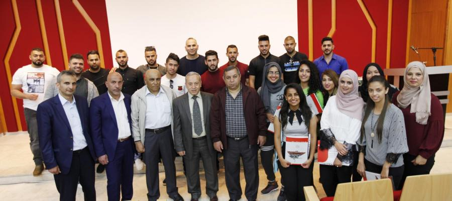 A group photo of the participating students in the course